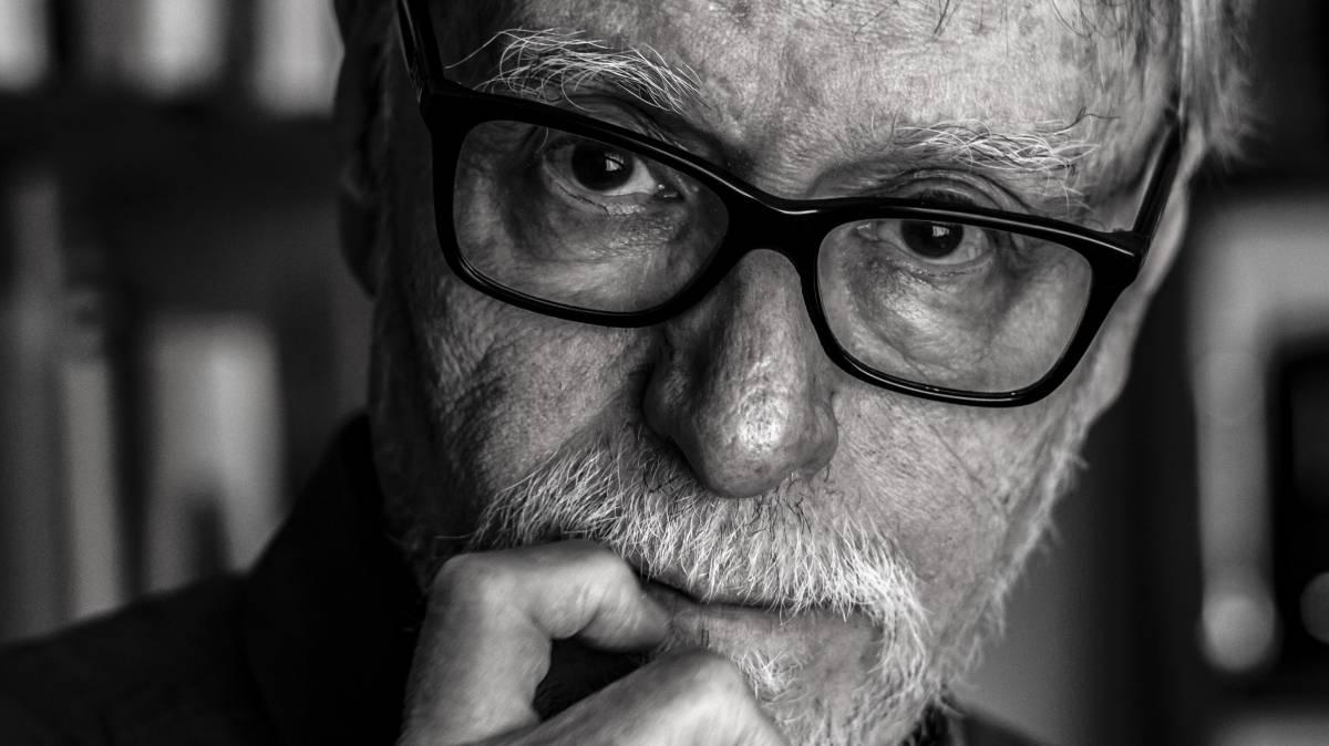 """David Huerta: """"México es una comunidad tan desgarrada que ya casi no es comunidad"""""""