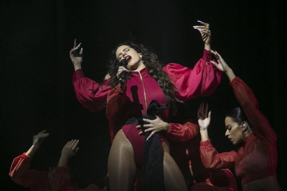 Rosalía, en un momento del concierto.