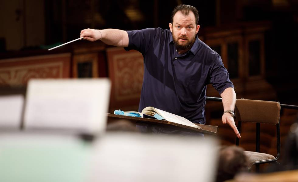 Latvian director Andris Nelsons, in the rehearsal of the New Year's Concert, on December 27.