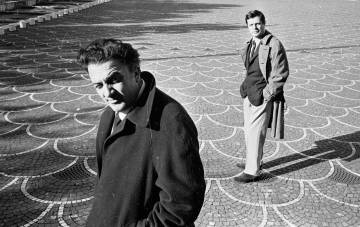 Fellini, con el actor Marcello Mastroianni en 1962.