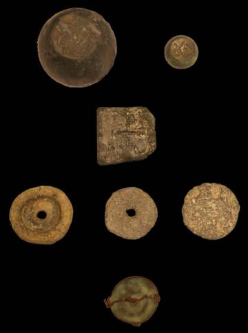 Byzantine pesos found in the church of El Monastil.