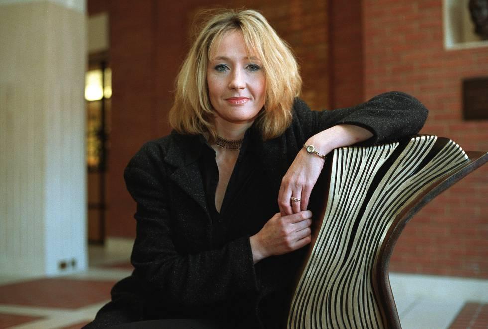La escritora británica J. K. Rowling.