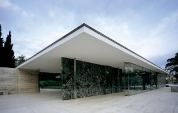German pavilion designed by Miles van de Rohe for the Barcelona Exhibition 1929.