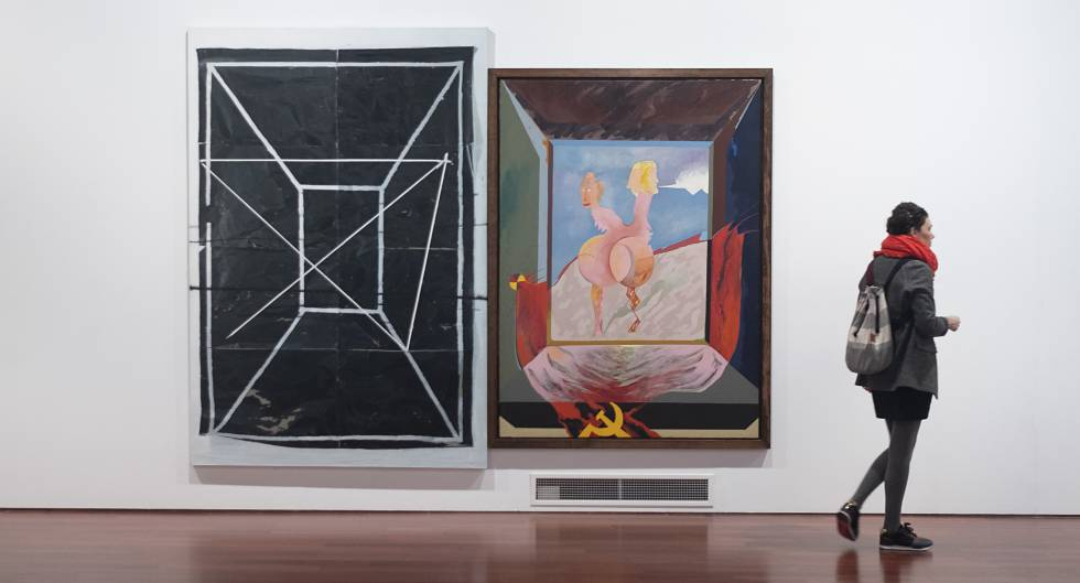 Works by Carlos Alcolea, on the right, and Ruben Guerrero, in the Santa Clara Space in Seville.