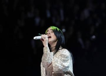 Billie Eilish, la cantante que triunfa convirtiendo en bandera sus imperfecciones