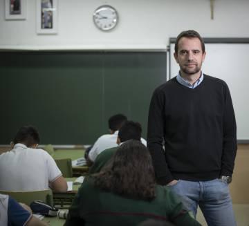 The teacher Guillermo Balmori.