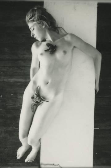 Autorretrato de Francesca Woodman, en 1979.