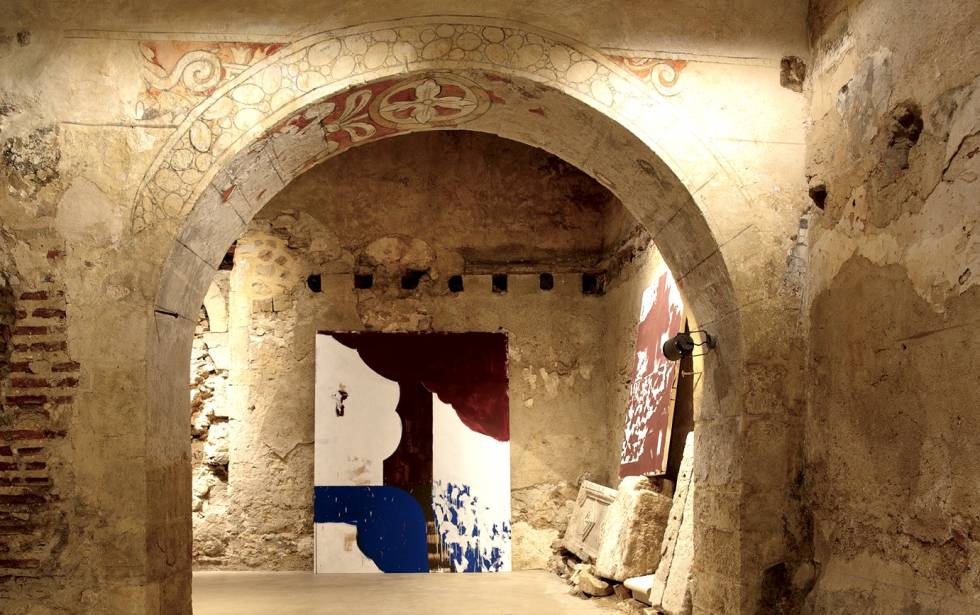 Paintings by Carlos León in a church in Pedraza de la Sierra (Segovia).