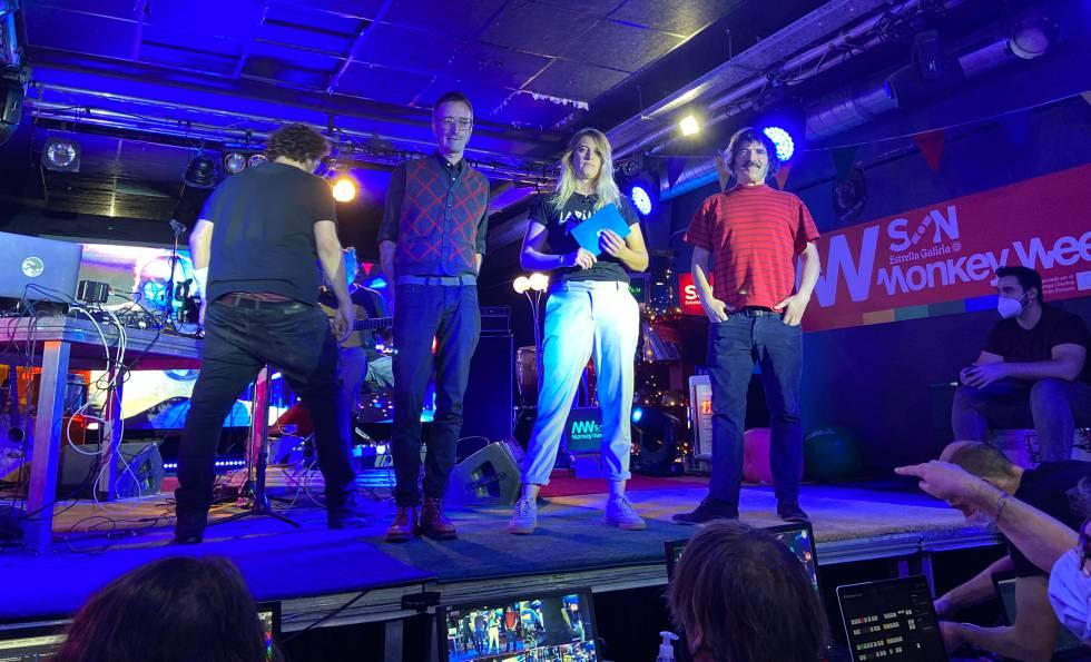 The three presenters of Monkey Week 2020: Joan Vich, Rocío Saiz and Javier Moya.