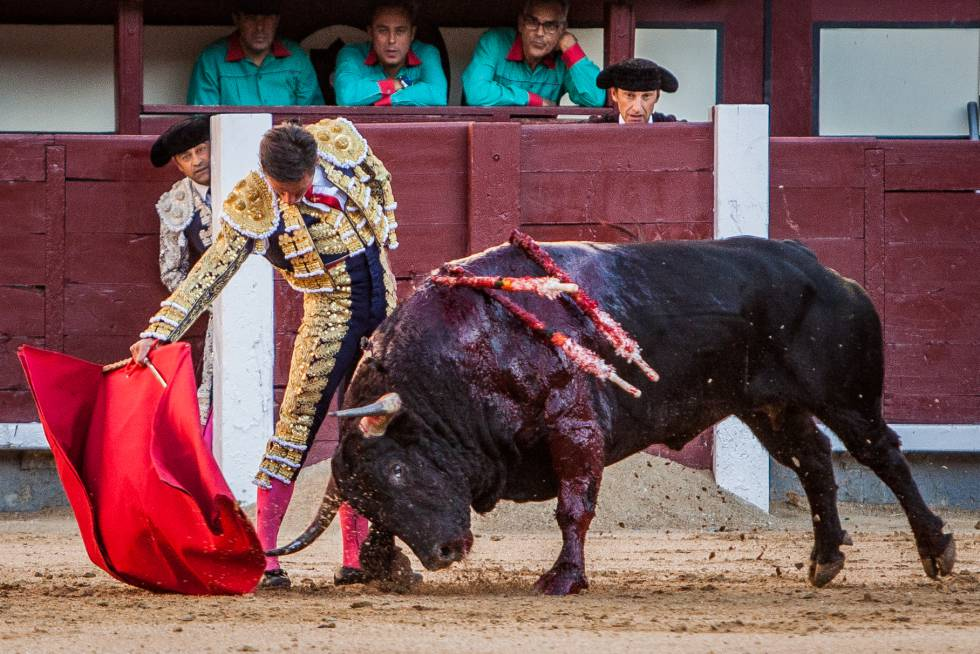 Diego Urdiales, in Las Ventas, on October 7, 2018.