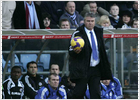 El Chelsea gana con Hiddink