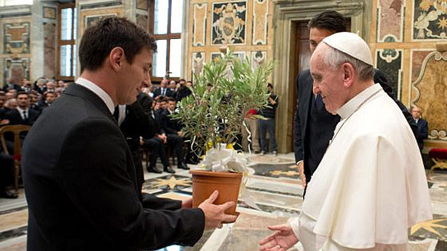 """Messi, tras conocer al Papa Francisco: """"No hay que pensar solo en uno mismo"""""""