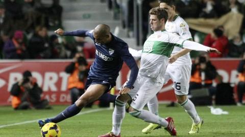 Un gol de Camacho reflota al Málaga