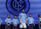 David Villa luce los colores del New York City