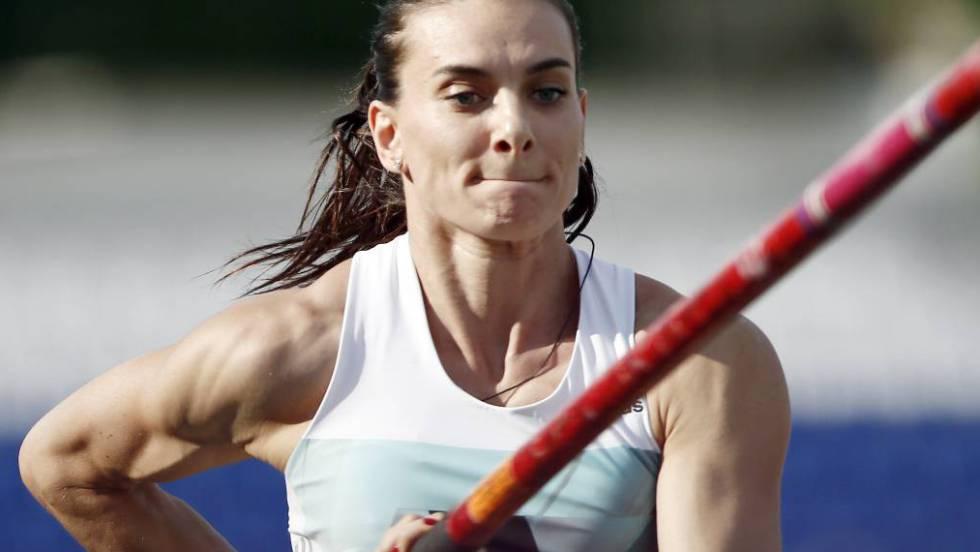 Yelena Isinbayeva, três vezes medalhista olímpica, uma das atletas banidas.