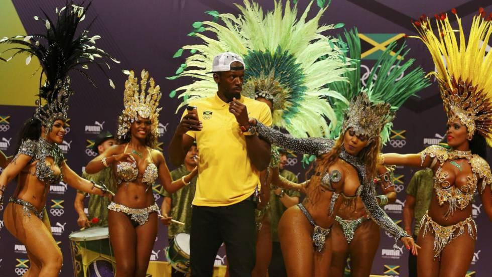 Bolt dança samba na Cidade dá Artes de Rio.