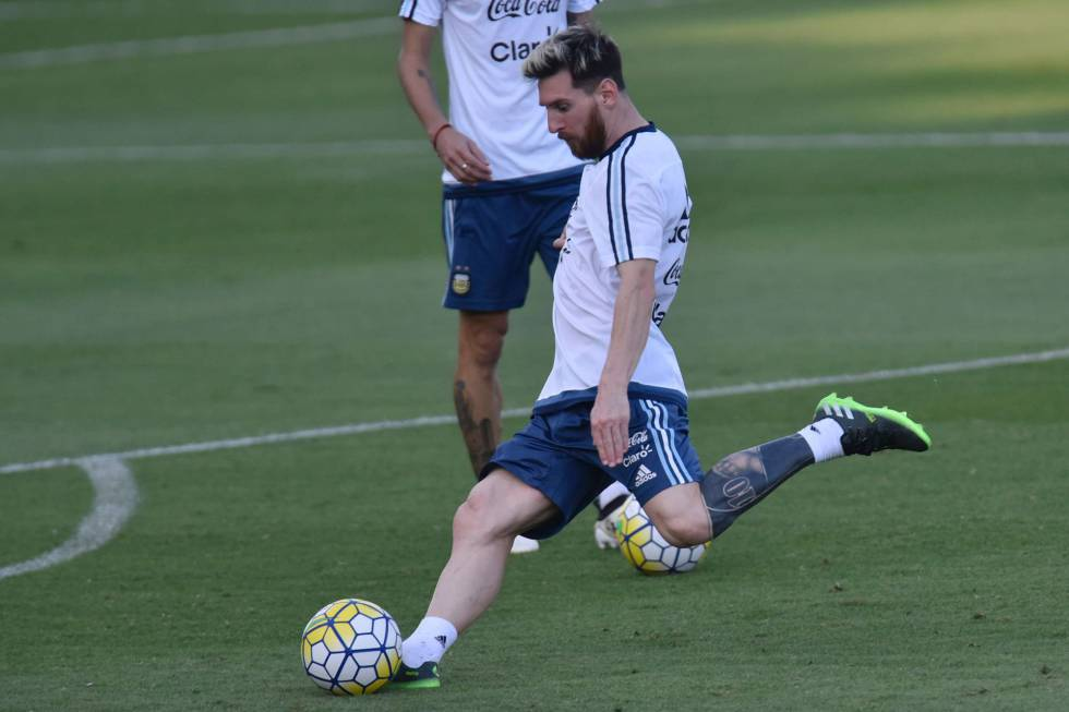 Tatuaje Messi: El tatuador de Lionel Messi explica el nuevo diseño ...