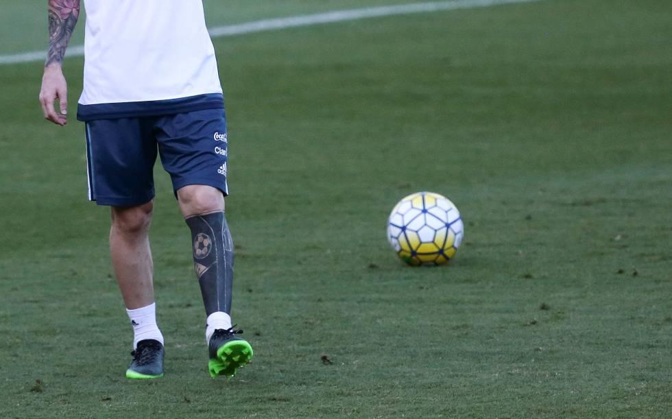 Tatuaje Messi El Tatuador De Lionel Messi Explica El Nuevo Diseno