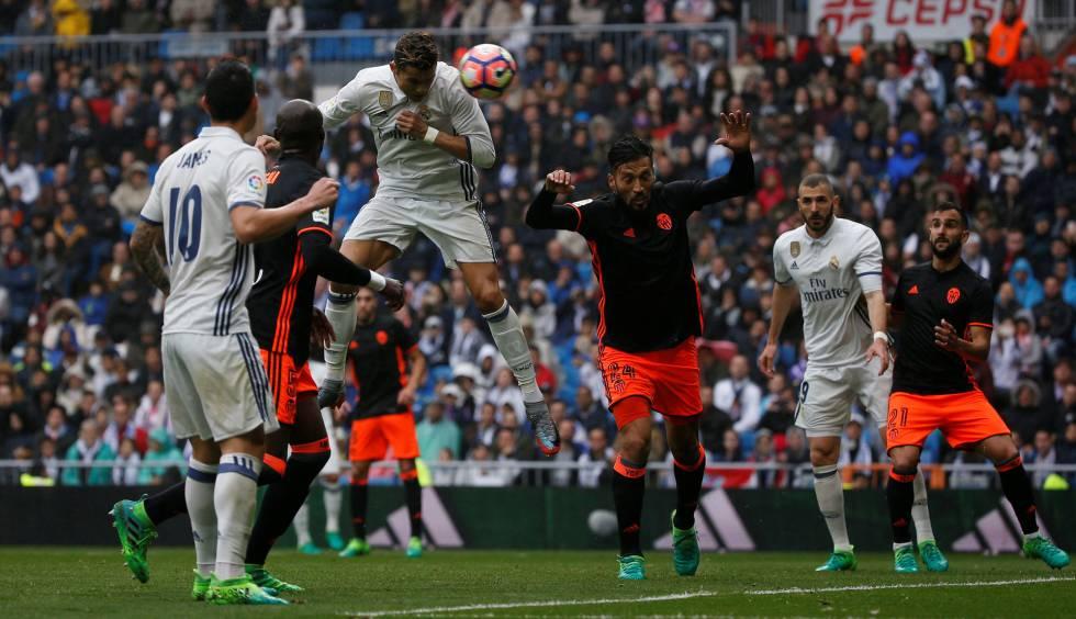 El Real Madrid gana al Valencia con un gol de Marcelo en el minuto ... 2828f785766bb