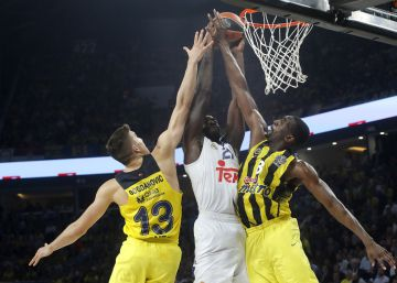 El Fenerbahçe funde al Real Madrid en la Final Four