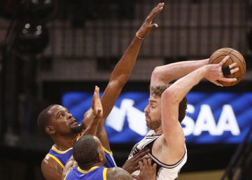 Los Spurs languidecen ante los Warriors (3-0)