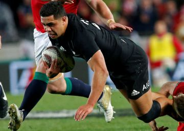 El rugby total de los All Blacks rinde a los Lions