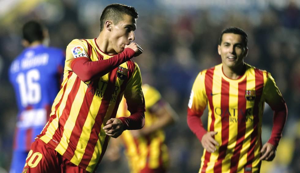 Tello Celebra Un Gol Con El Barcelona