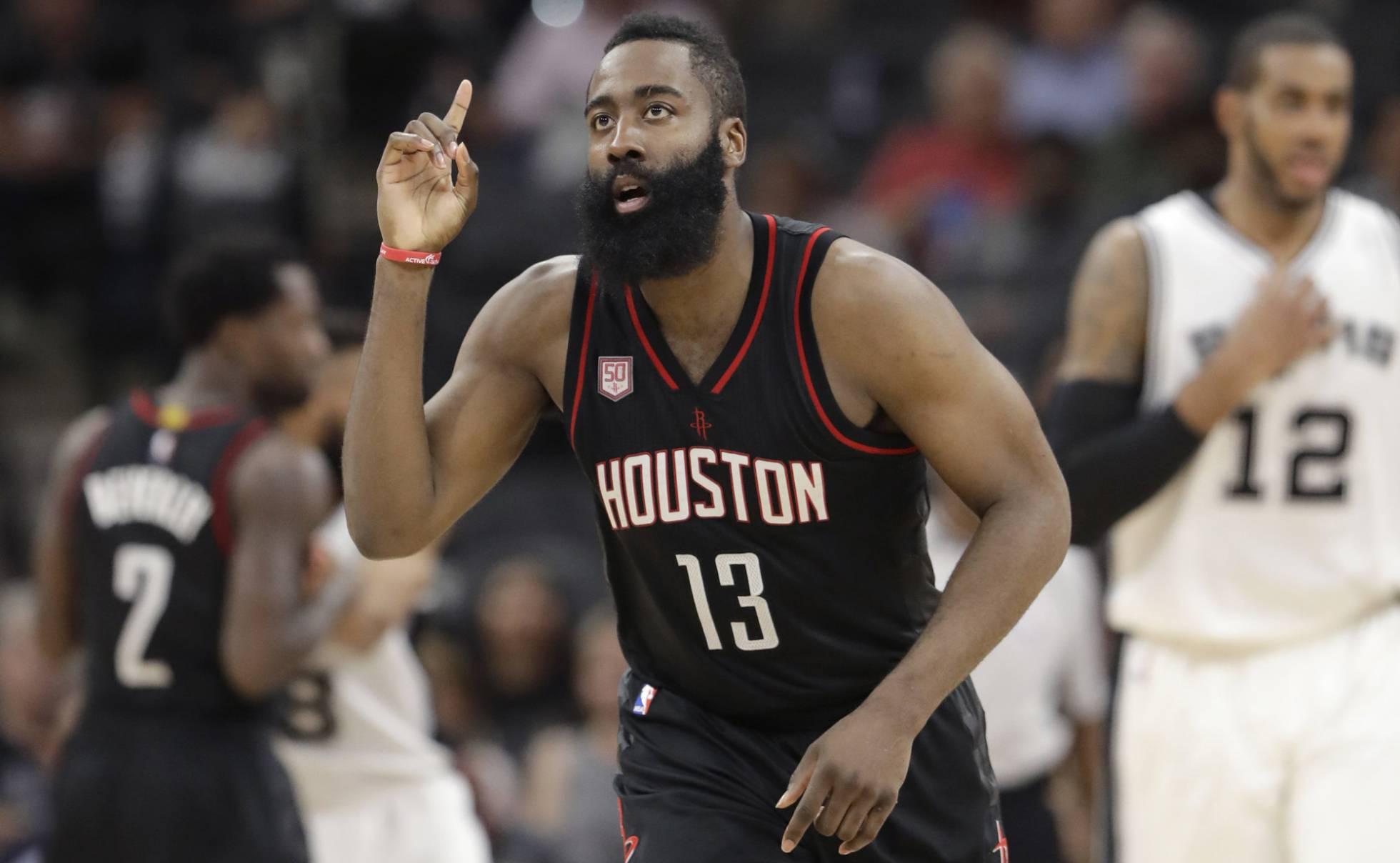Harden destronó a Curry firmando el contrato más alto de la historia de la NBA