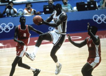 Magic Johnson, ante Angola en 1992.