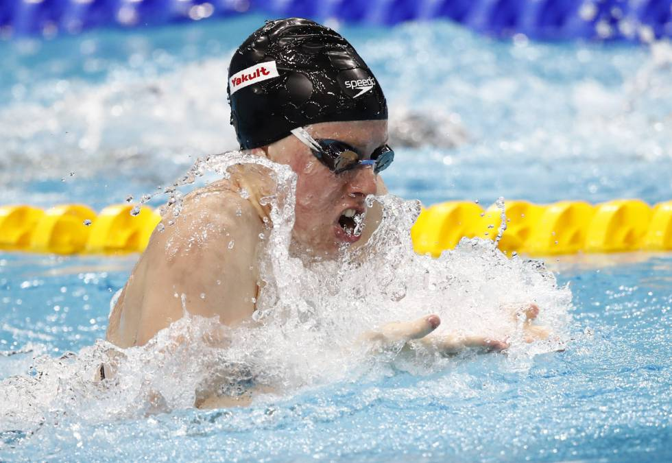 Lilly King en un momento de la final de 100 braza.