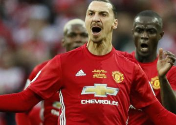 Ibrahimovic vuelve al Manchester United