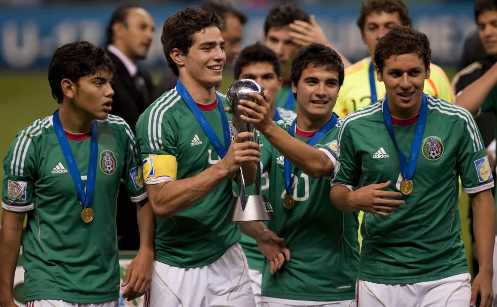 17 años, la edad de oro para el fútbol de México | Deportes | EL PAÍS