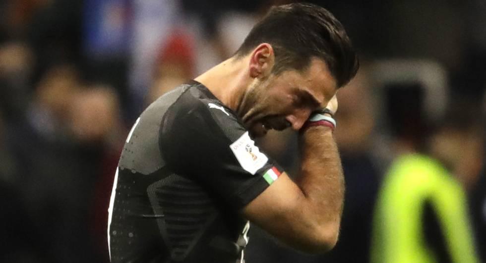 Buffon, llorando, tras caer eliminado con Italia.