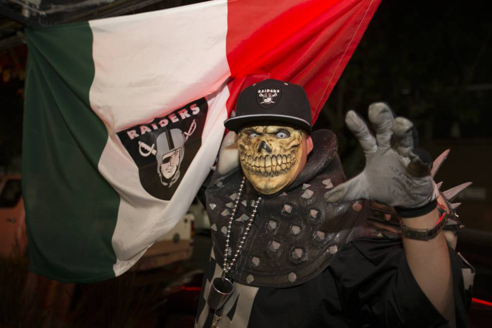 Los devotos mexicanos que pierden la cabeza por la NFL  c17db1e72cc