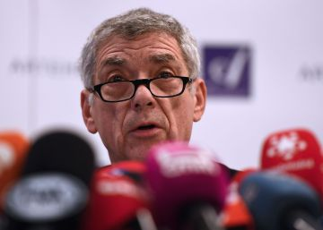 "Spain at ""serious"" risk of being ejected from World Cup: disgraced soccer boss"
