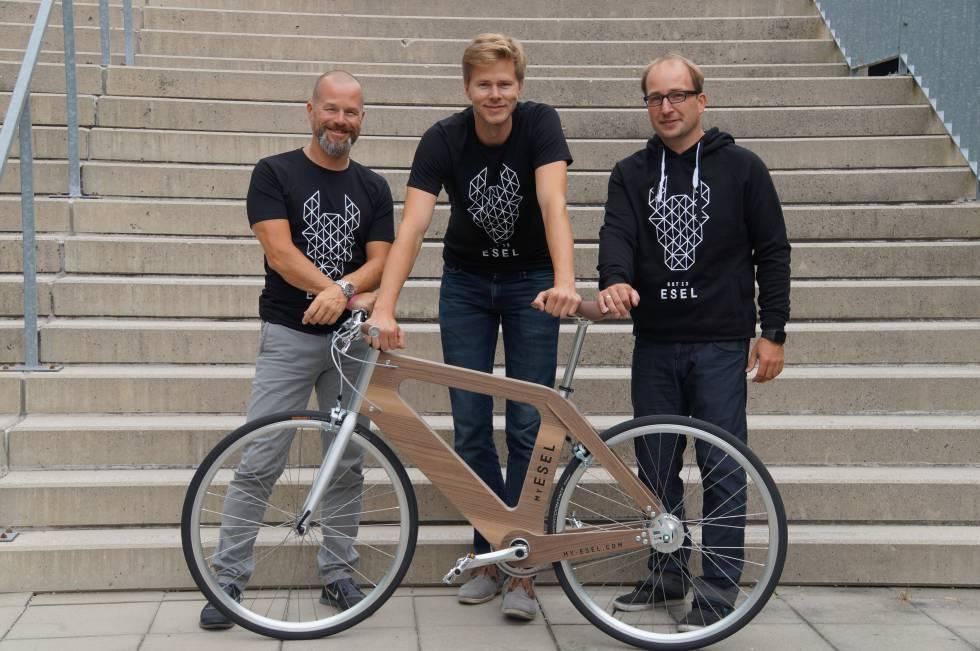 Los fundadores de la empresa: Bernhard Lehner, Heinz Mayerhofer y Christoph Fraundorfer (en el centro).