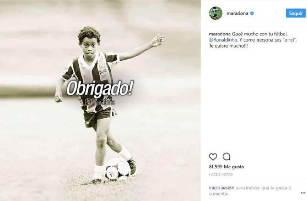 La publicación de Maradona en la que agradece a Ronaldinho y recuerda a Pelé.