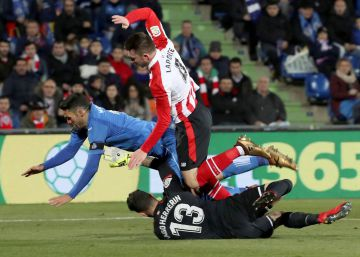 Getafe y Athletic empatan en el correcalles del Coliseum