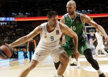 El Unicaja frena al Real Madrid