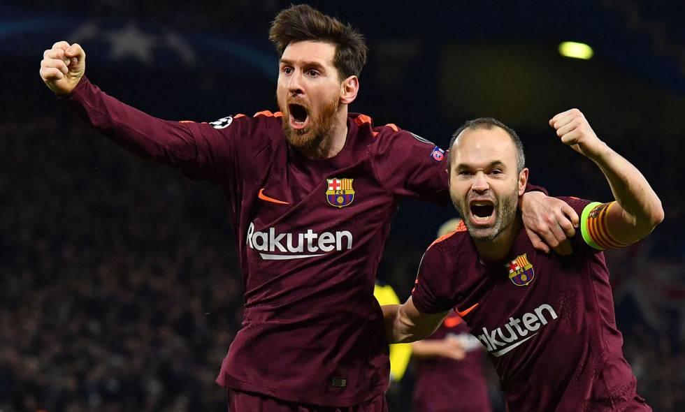 Messi e Iniesta celebran el gol del Barça.