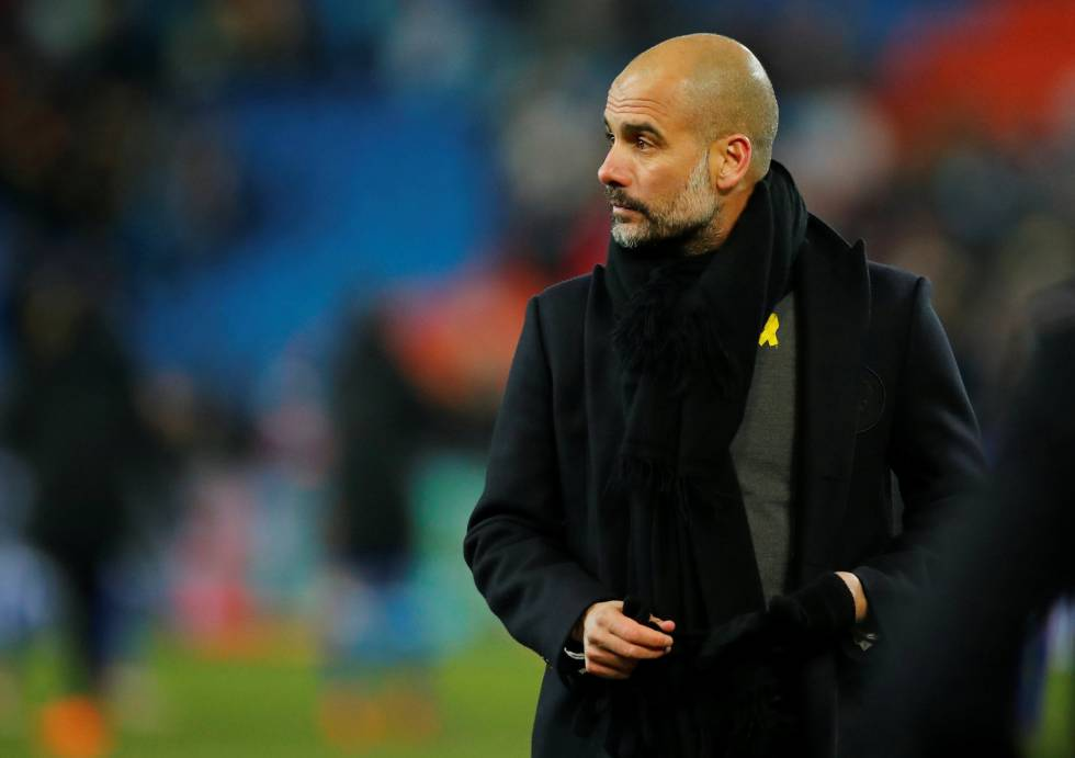Guardiola lazo amarillo
