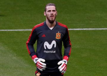 De Gea replica el pase largo del United