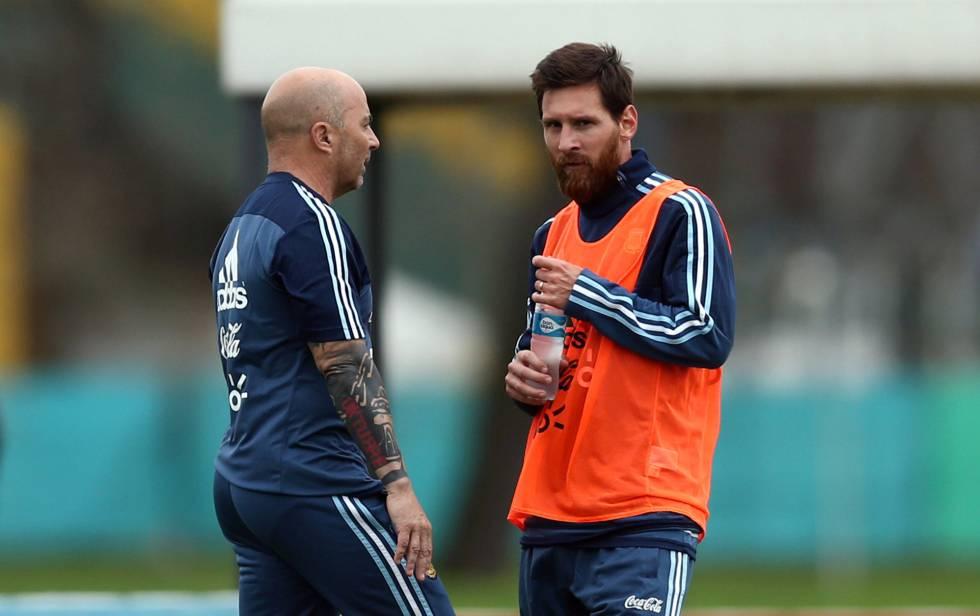Messi, con molestias, trabaja al margen del grupo del Barcelona 1522318162_240236_1522320032_noticia_normal