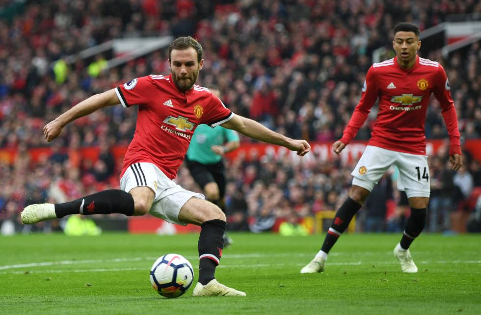 Juan Mata, en el United-West Brown.