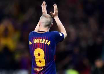 'France Football' pide perdón a Iniesta