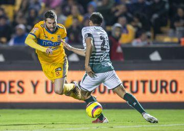 Los Tigres aventajan 2-0 a Santos Laguna en la liguilla ae0fcad838a24