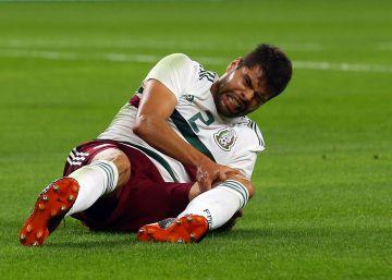México pierde por lesión a Néstor Araujo para el Mundial de Rusia d9bd5a4bc4180