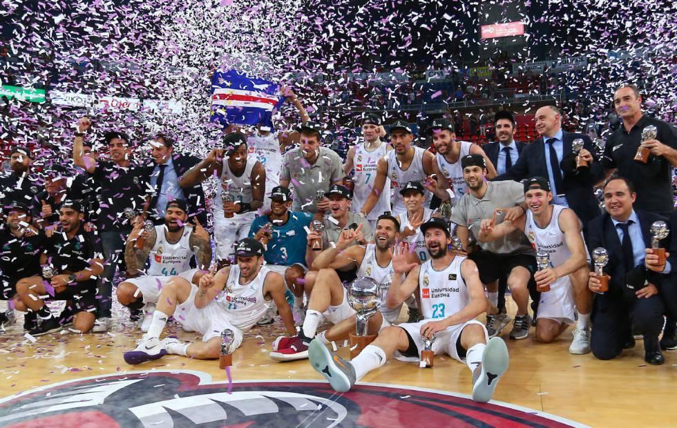 El Real Madrid gana los dos partidos en Vitoria y consigue su 34º liga