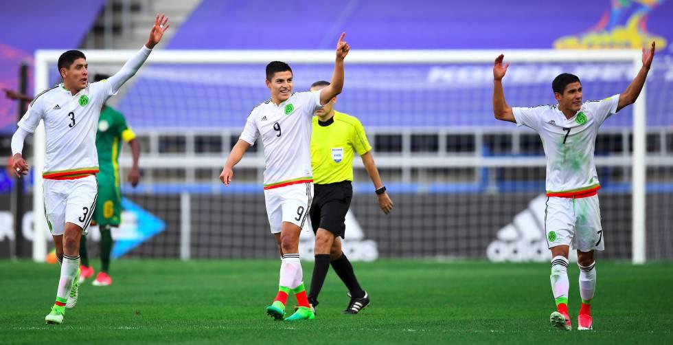 Álvarez, Cisneros y Antuna, durante el Mundial sub 20.