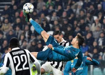 CR7  Cristiano Ronaldo deixa o Real e fecha com a Juventus ... a9c886d1f2a76